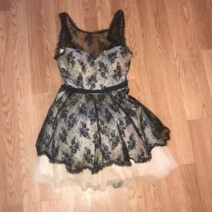 Off White Black Lace Formal Dress